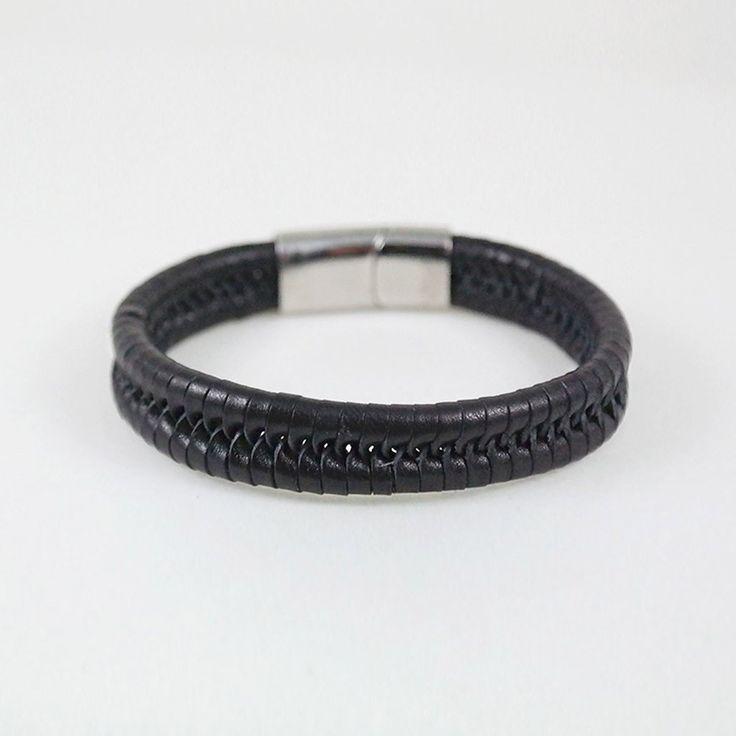 Eric Cuff / black leather