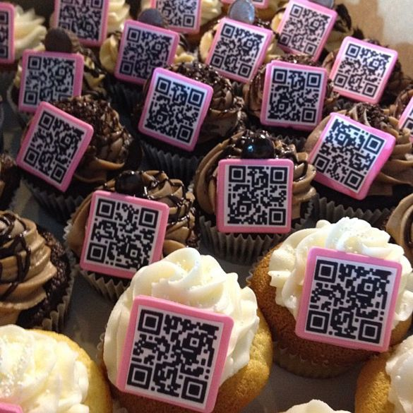 Birthday Table Acnl: 36 Best QR-Code Creativity Images On Pinterest