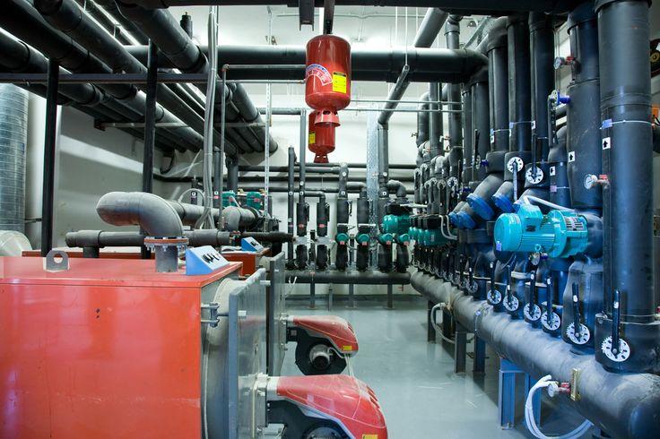 Είσαι τεχνίτης ή βοηθός υδραυλικός; 'Ελα  να εργασθείς στην Νο1 εταιρία κατασκευής ηλεκτρομηχανολογικών έργων;