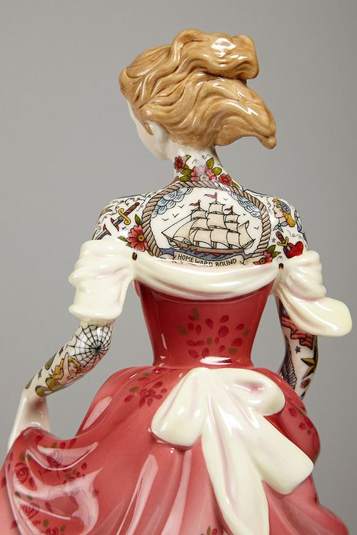 itscolossal:  Tattooed Porcelain Figures by Jessica Harrison