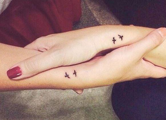 80 ideias de tatuagens pequenas para quem está pensando em fazer a primeira