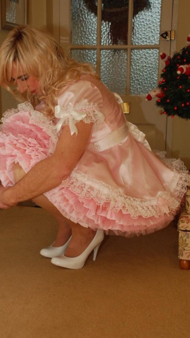 Sissy needs a hand