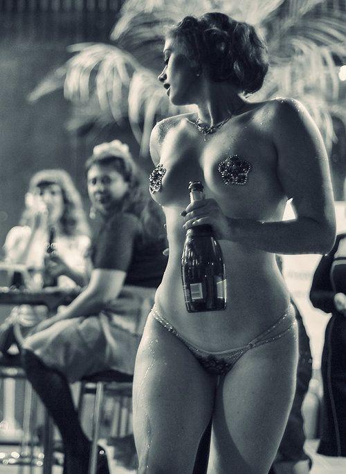 232 best images about showgirls on pinterest josephine for Retro italian xxx