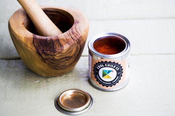Smoked paprika powder | olive wood pestle & mortar