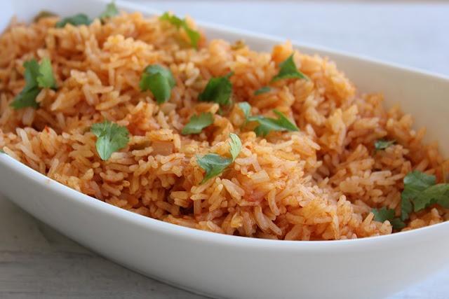 Spanish RiceRecipe Favorite, Meals Ideas, Food Ideas, Recipe Sid Dishes, Recipessid Dishes, Kitchens Promenade, Favorite Recipe, Discover Food, Spanish Rice