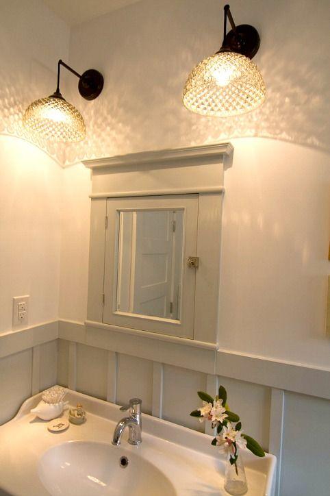 how sarah made her small bungalow bath look bigger