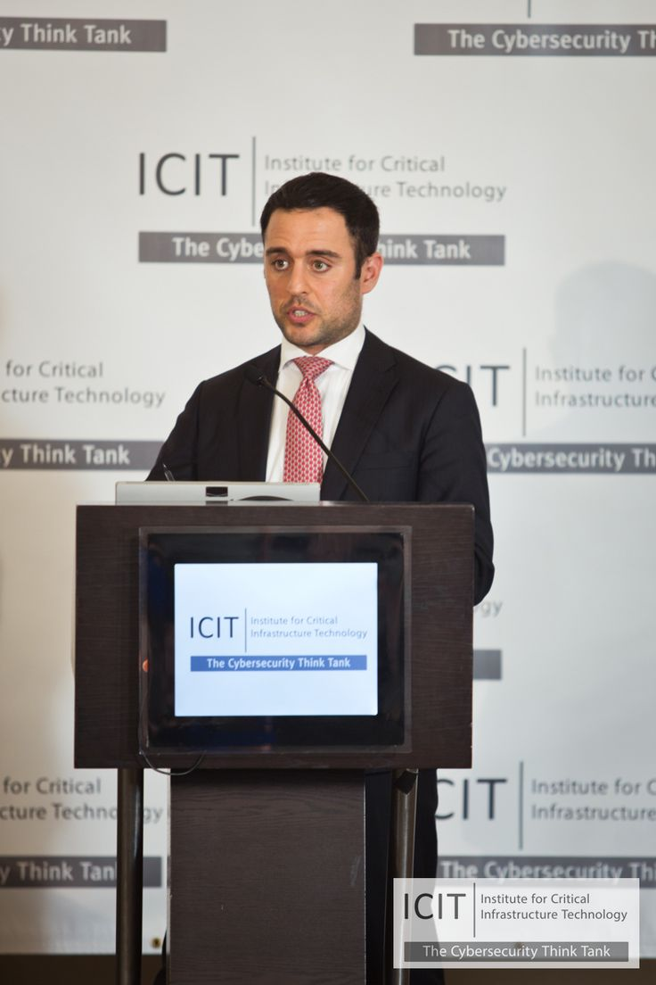 Parham eftekhari icit discusses the history of electronic voting machine systems to kick off