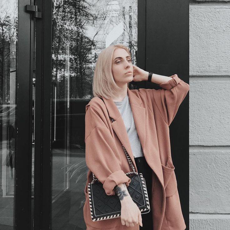 """8,270 Likes, 77 Comments - Kate Tsarskaya (@ktsarskaya) on Instagram: """"Изменила цвет волос обратно 💇🏼 а какой цвет вам больше нравится? Блонд или темный?  Волшебница…"""""""
