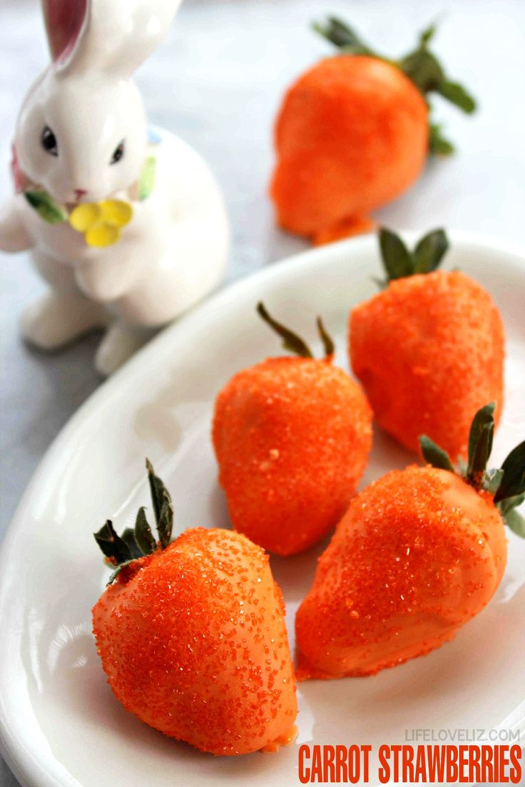 Carrot Strawberries are a super cute twist on chocolate covered strawberries that make them perfect for Easter Dessert!