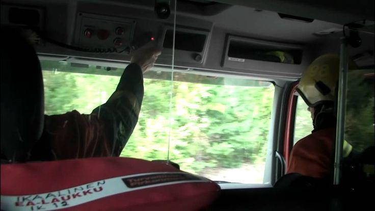 Ransun pelastuskoulu - Hätänumero 112 - Osa 4 Ransun pelastuskoulu, kaikkiaan 12 videota.