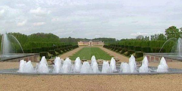 Situé dans l'Eure, le plus grand parc privé de France ouvre ses portes aux visiteurs - France 3 Haute-Normandie