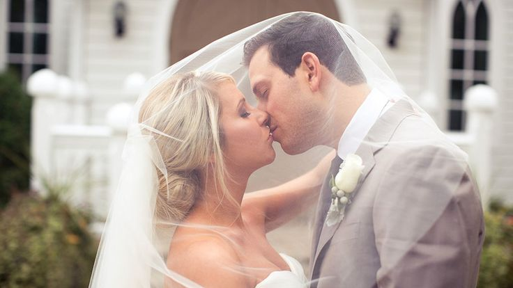 The Doctor's House Wedding | Alexandria and Nikola | Watch this same day edit of a dreamy white wedding held in The Doctor's House #torontoweddingvideographer #torontowedding #weddingvideo ~ http://www.focusproduction.ca/wedding-photography-videography/alexandria-nikola/