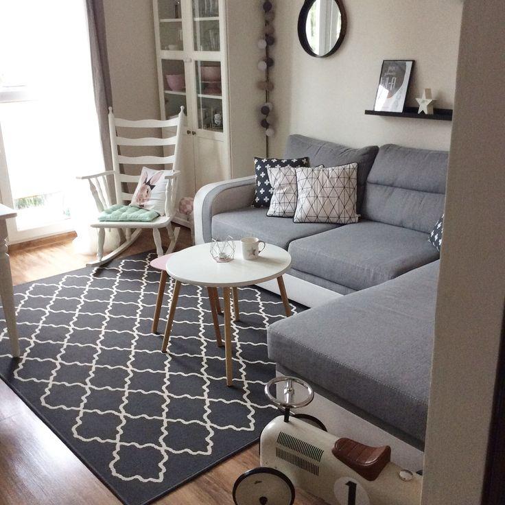 Mały pokój dzienny. Małe wnętrze. Small interior.