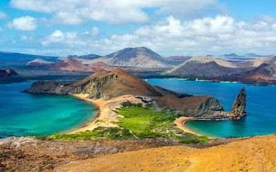 Isole Galapagos: un viaggio ricco di particolarità inestimabili La fauna selvatica delle Galapagos è un patrimonio dalla ricchezza inestimabile. Osservate da vicino gli impavidi leoni marini, le maestose tartarughe e le giocose iguane con il trekking, lo snorkeli #relax #estate #inverno #autunno