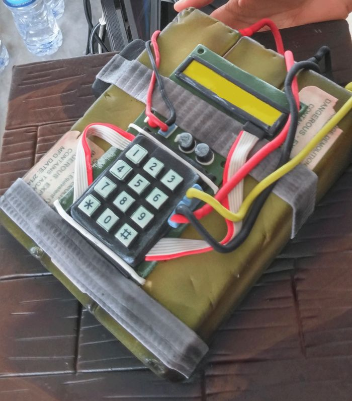 counter strike bomb cake - Bing images