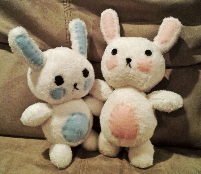 Baby bunnies for my son and niece, in kawaii style made at my kitchen table here in beautiful British Columbia. Fleece and felt, with polyester fiber fill.