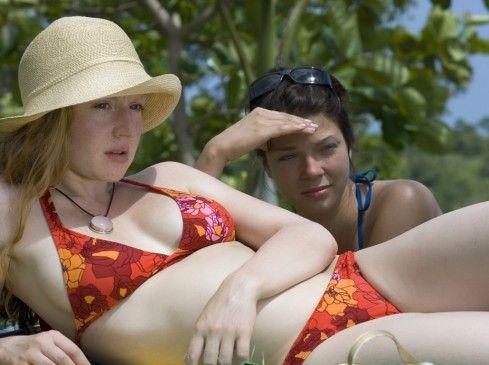 Langeweile pur! Brigitte Hobmeier (vorn) und Jessica Schwarz