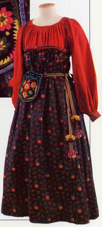 Simple Sarafan, here with belt. http://folkcostume.blogspot.co.uk/  FolkCostume: The 5 types of Russian folk Costume