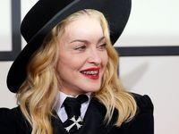 Madonna avec un grillz aux Grammys 2014