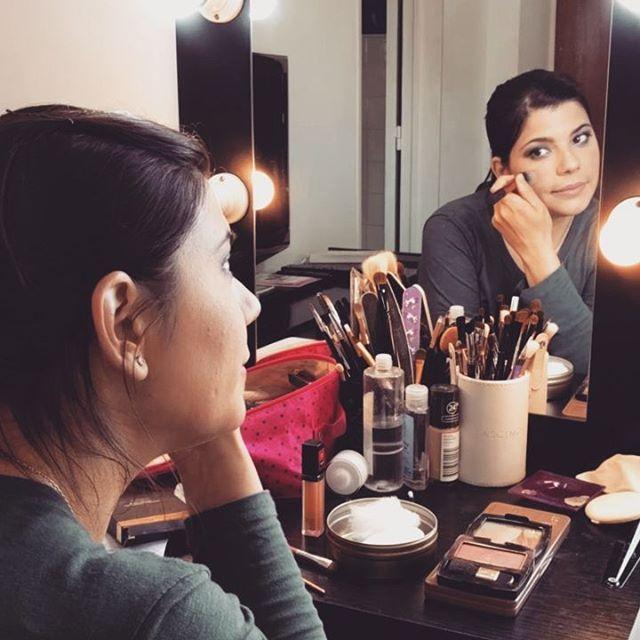 ✨Clase de #automaquillaje ✨ Laura aprendió todo sobre mis secretos a la hora de maquillar, productos, técnicas y más.¿Querés aprovechar la #promo? 👉 Reserva tu lugar por inbox o info@adelaidamercado.com.ar • #automakeup #automakeupclass #Automaquillaje💄 #almagro #buenosaires #maquillaje #clases #clasedemaquillaje #makeup #makeupofthenight #makeupph