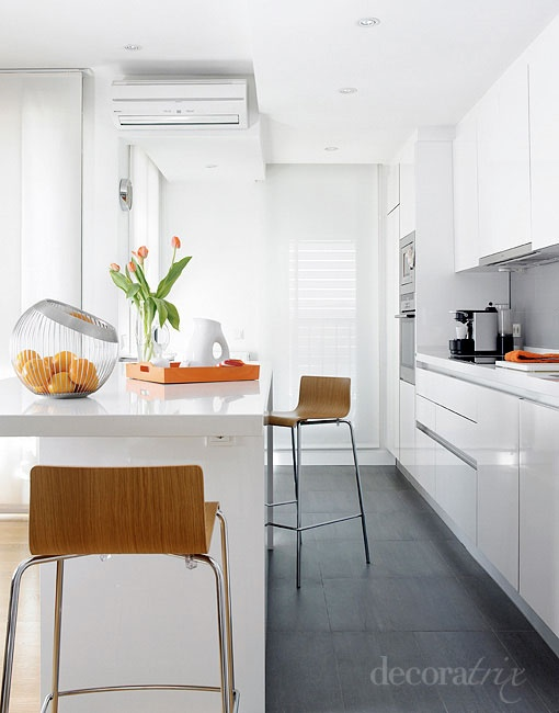 Las 25 mejores ideas sobre campanas de cocina en for Cocinas bonitas blancas