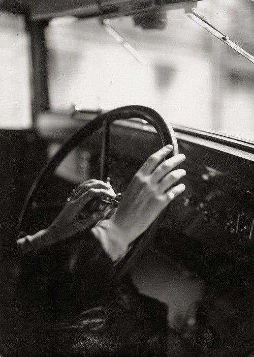 Germaine Krull, Untitled (hand study), c. 1930
