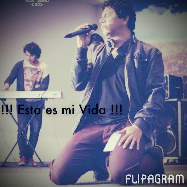 ▶ Reproducir vídeo de #flipagram Mi vida en un ratico... NACI PARA ADORAR !!! - http://flipagram.com/f/MOHloHDAUN
