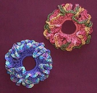 Free Crochet Pattern:Scallop-Edged Scrunchie...this is cuter than the ones I was making, super fast to make, great girl gift!