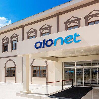 Alonet Bilgi Teknolojileri A.Ş. 2012 yılında; Telekom, Finans, Perakende, Turizm, Sağlık vb. sektörlere; Çağrı Merkezi, Şikayet Yönetimi, Sosyal Medya Yönetimi, Elektronik Arşivleme ve Danışmanlık gibi hizmetleri sunmak amacıyla kurulmuştur.İstanbul, İzmir ve Sivas olmak üç ayrı lokasyonda hizmet vermektedir. Alonet İzmir yerleşkesinde tesis edilen ESSER yangın ihbar sisteminin 2015-2016 yılları bakımı için Alp Teknolojiyi tercih etti.