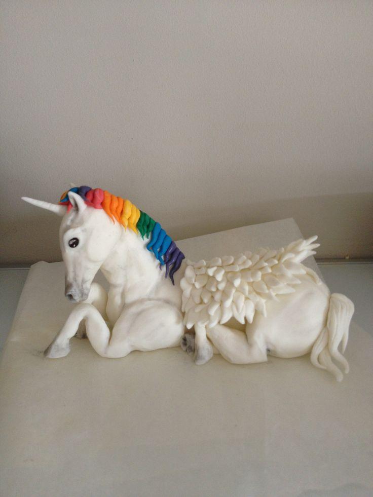 fondant unicorn cake topper