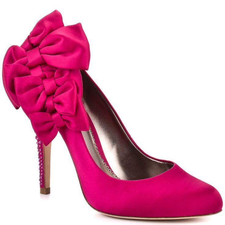 Cerise pink shoe