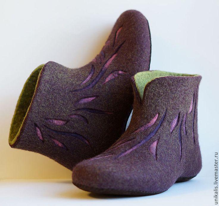 """Купить Валяные тапочки """"Лепестки"""" - тёмно-фиолетовый, баклажановый, салатовый, валяные тапочки, валяная обувь"""