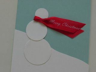 Pretty @Rhonda Alp {home.made.} #Christmas #cards This easy snowman made me smile. :) The page also has other ideas to check out, too.