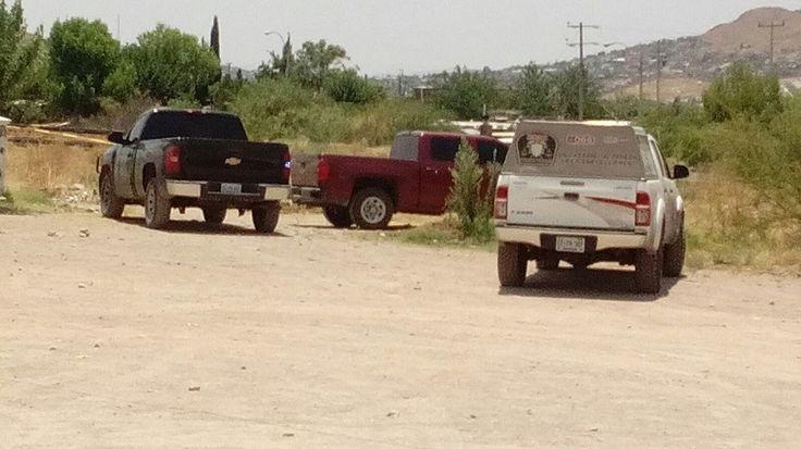 <p>Chihuahua, Chih.- Al numero de emergencia fue reportado un incendio donde se encontraba una persona sin vida totalmente calcinada en el cruce de las calles