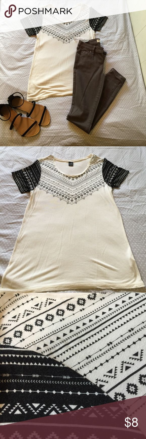 Women's  size small Empyre T-Shirt. Loose fitting women's/Juniors size small Empyre T-shirt black and white Aztec design. ***Selling SHIRT ONLY*** empyre Tops Tees - Short Sleeve
