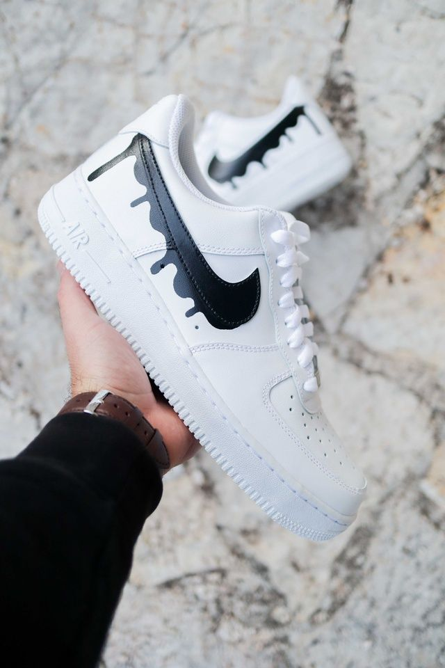 Nike Air Force 1 Drip - Black by