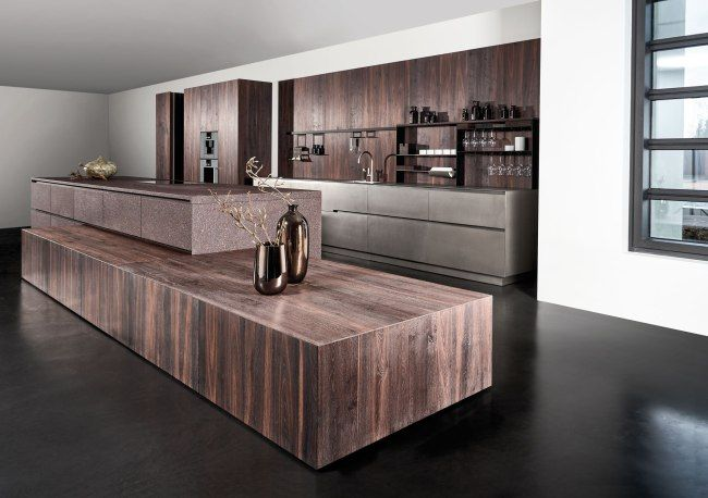Since 2006, Eggersmann has been designing, developing and manufacturing a collection of timeless and minimalist kitchens. The name Unique really says it all. The focus is on individuality and also exceptional, exquisite materials. The fundamentals for this idea is homogeneity...