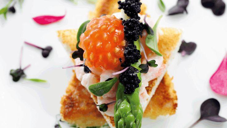 Smushi - navnet er en sammentrækning af ordene smørrebrød og sushi. Og med den opfindelse er den danske smørrebrødstradition blevet genfødt. Her får du inspiration og gode fif til at forfine det klassiske stjerneskud