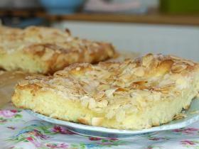 Butterkuchen mit Mandeln