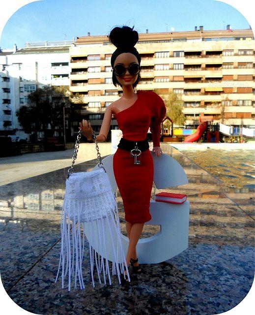 Long fringed bag + belt design #studiocyg https://www.facebook.com/1438311629779915/photos/a.1534069870204090.1073741854.1438311629779915/1534069886870755/?type=1&theater