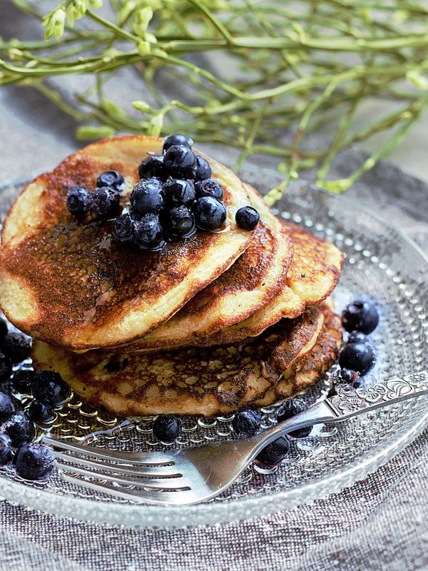 Ruokakonttuuri: banaani-kikhernepannarit / vegan protein pancakes