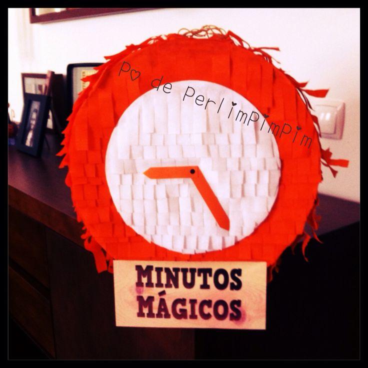"""Pinhata """"Momentos Mágicos""""  #pinhata #aniversário #festadeaniversario #doces @poperlimpimpim"""