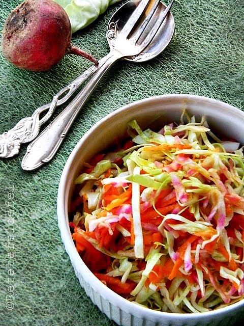 Salata de varza cu morcovi si sfecla rosie este nelipsita din meniul nostru mai …