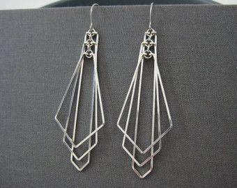 Art Deco Oorringen - lange verklaring pijl fan oorbellen, moderne minimale huwelijk, zilveren geometrische sieraden, geschenk van de architect - Tiered pijl