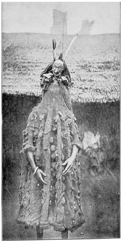 Ụ́kpụ́rụ́  - Juju-Anzug (juju-suit) Carl Meinhof (1912). Afrikanische Religionen: Hamburgische Vorträge. | Ejagham, Cross River