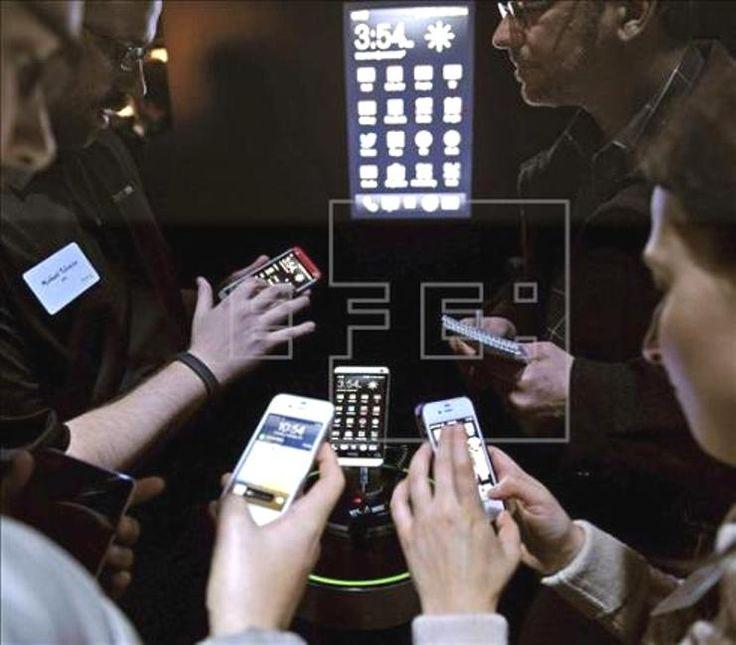 Médico: usarán teléfonos móviles como dispositivos médicos - http://notimundo.com.mx/medico-usaran-telefonos-moviles-como-dispositivos-medicos/