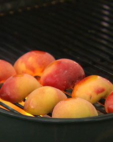 Elevate the simple summer peach with light grill marks and just a drizzling of olive oil, honey, and mascarpone cheese in this dessert from chef Emeril Lagasse.Desserts, Stewart Recipe, Grilled Peaches, Summer Peaches, Honey Recipe, Honey Ii, Mascarpone, Martha Stewart, Ii Recipe