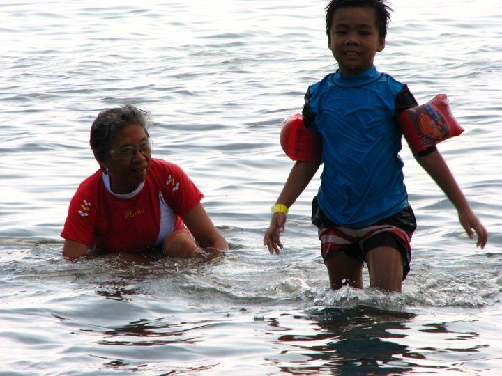 Short Summer Getaway at Aquaria Beach Resort at Playa Calatagan Batangas - Mommy Levy  http://mommylevy.com/2014/04/short-summer-getaway-at-aquaria-beach-resort-at-playa-calatagan-batangas.html