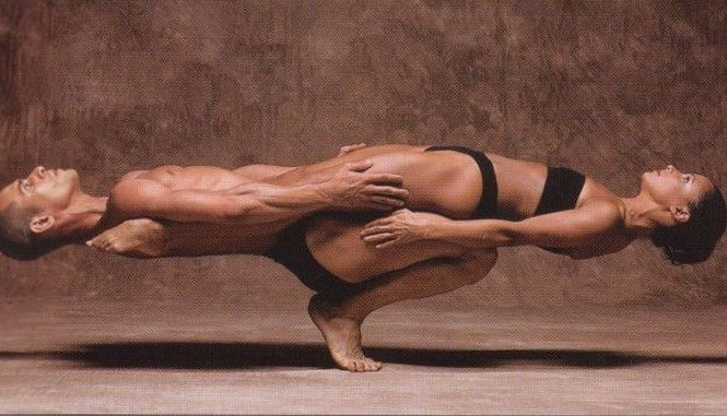 1375502349_yoga-male-female-balance