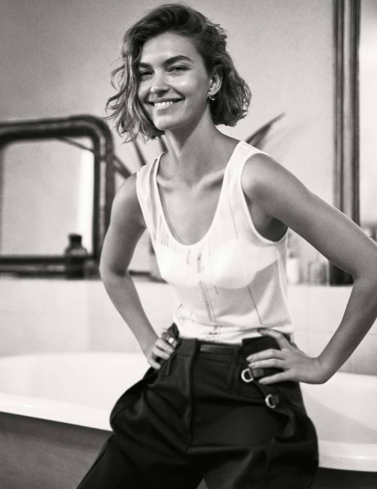 Smile: Arizona Muse in Elle France August 26th, 2016 by Steven Pan